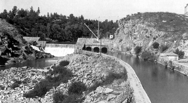 Folsom's first dam – the prison dam – which was built in the late 1800s.